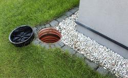 Drenaż, czyli ochrona domu przed wodą gruntową i opadową