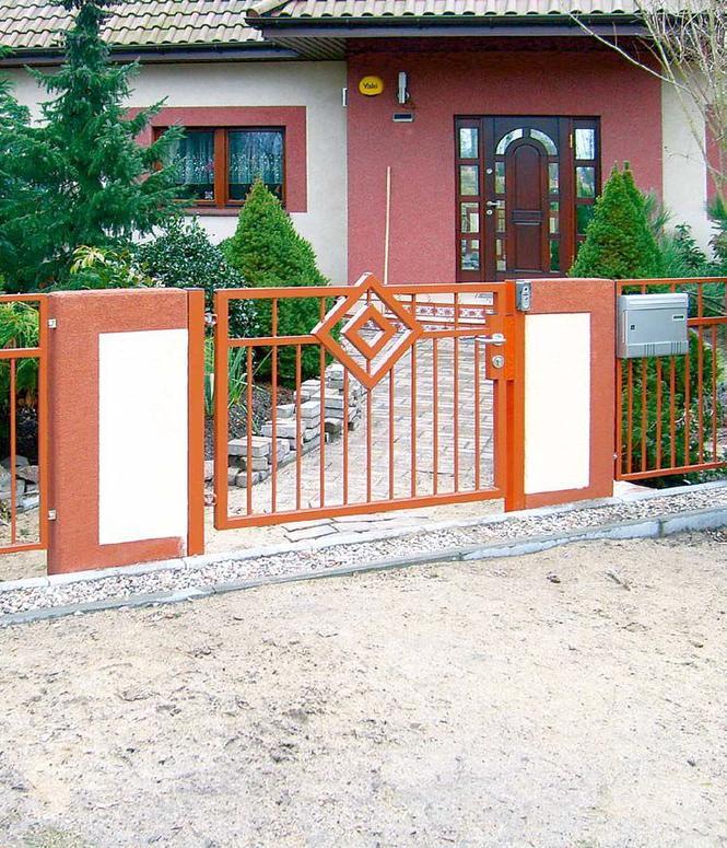Ogrodzenie z elementami betonowymi