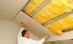 Materiały wygłuszające ściany i stropy. Izolacja akustyczna w istniejącym domu