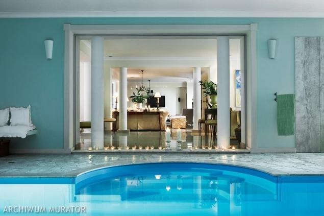 Jaki basen wybudować - zewnętrzny (ogrodowy) czy wewnętrzny?