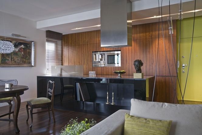 Kuchnia otwarta na salon powiększy przestrzeń do gotowania Ma jednak pewne w   -> Kuchnia Z Oknem Otwarta Na Salon