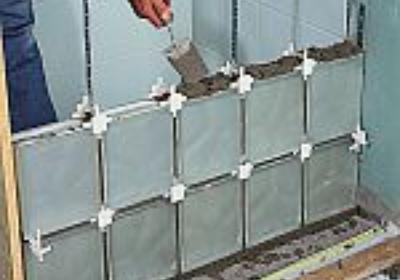 Zalety i wady ścianki działowej z luksferów